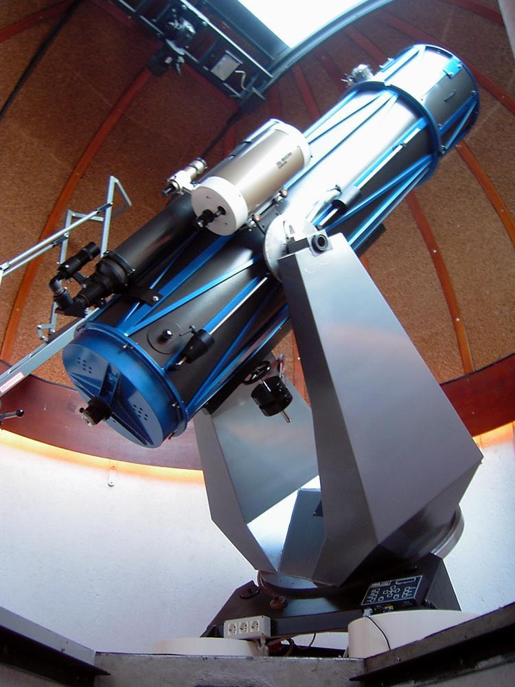 Osservatorio Astronomico di Ganda Il_telescopio_principale