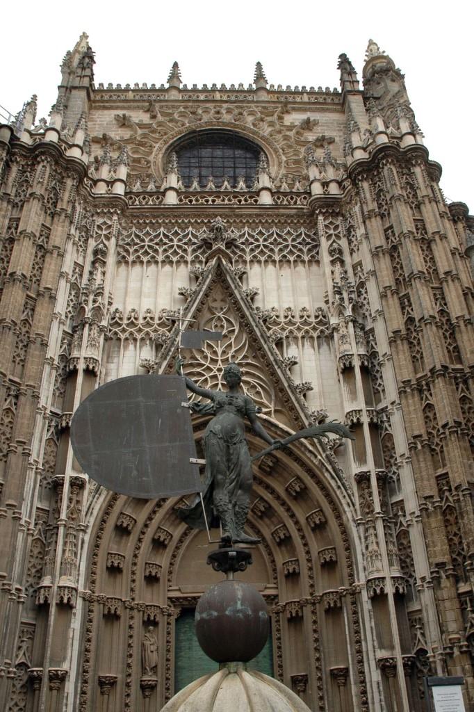 porta ingresso cattedrale siviglia