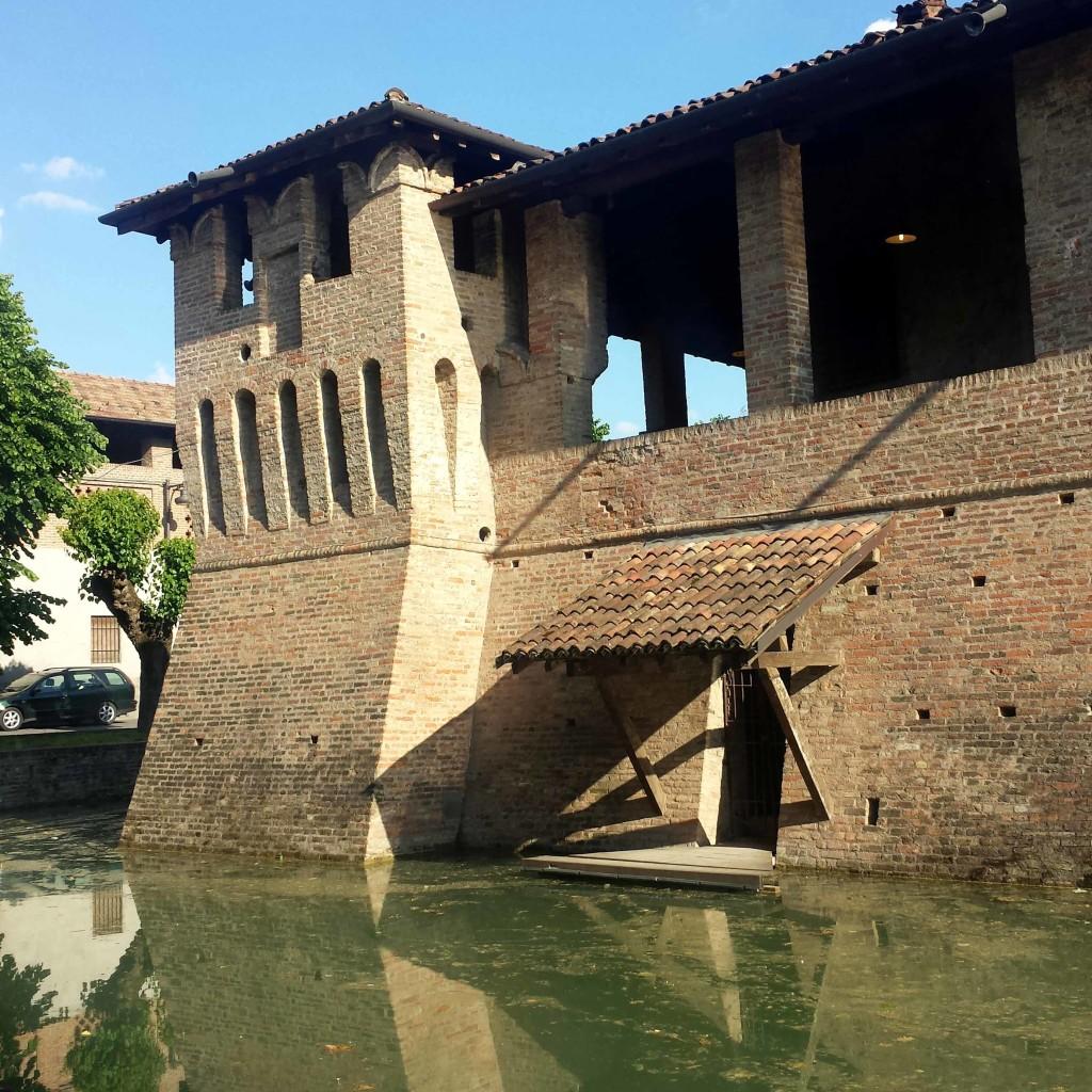 fossato castello pagazzano