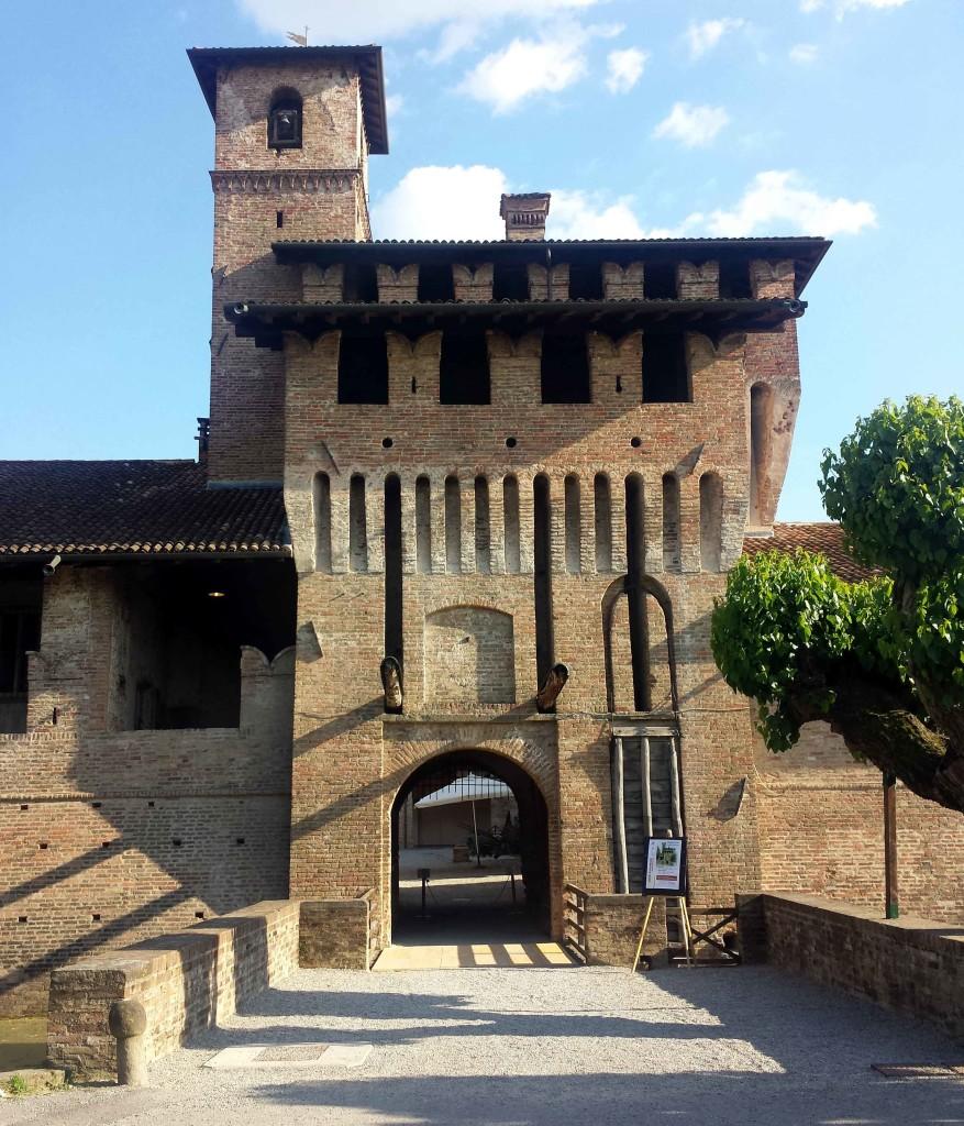ingresso castello pagazzano