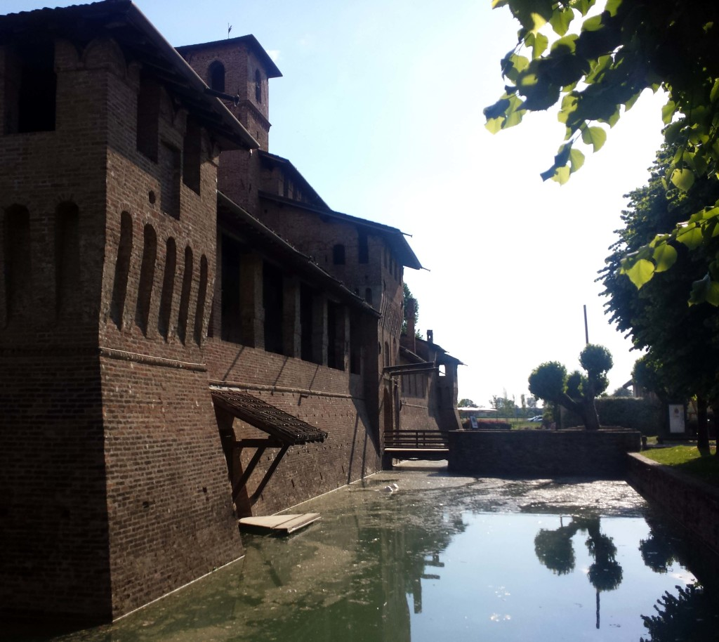 mura castello pagazzano