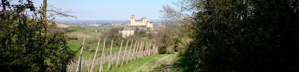 torrechiara panorama castello