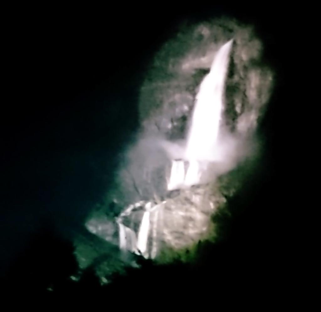 cascate del serio notturna