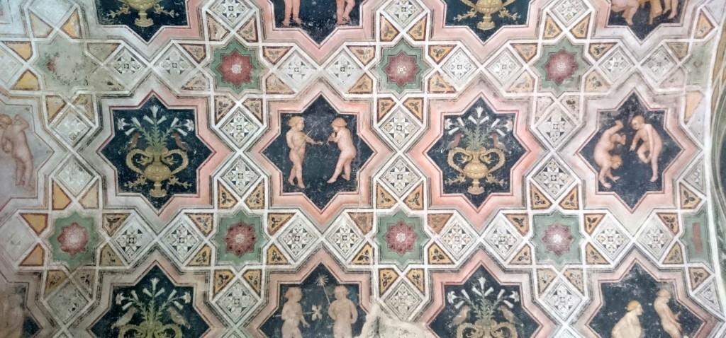 castello bianzano affreschi atrio tusoperator