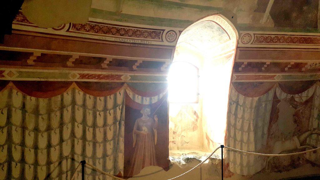 affreschi castello avio in trentino