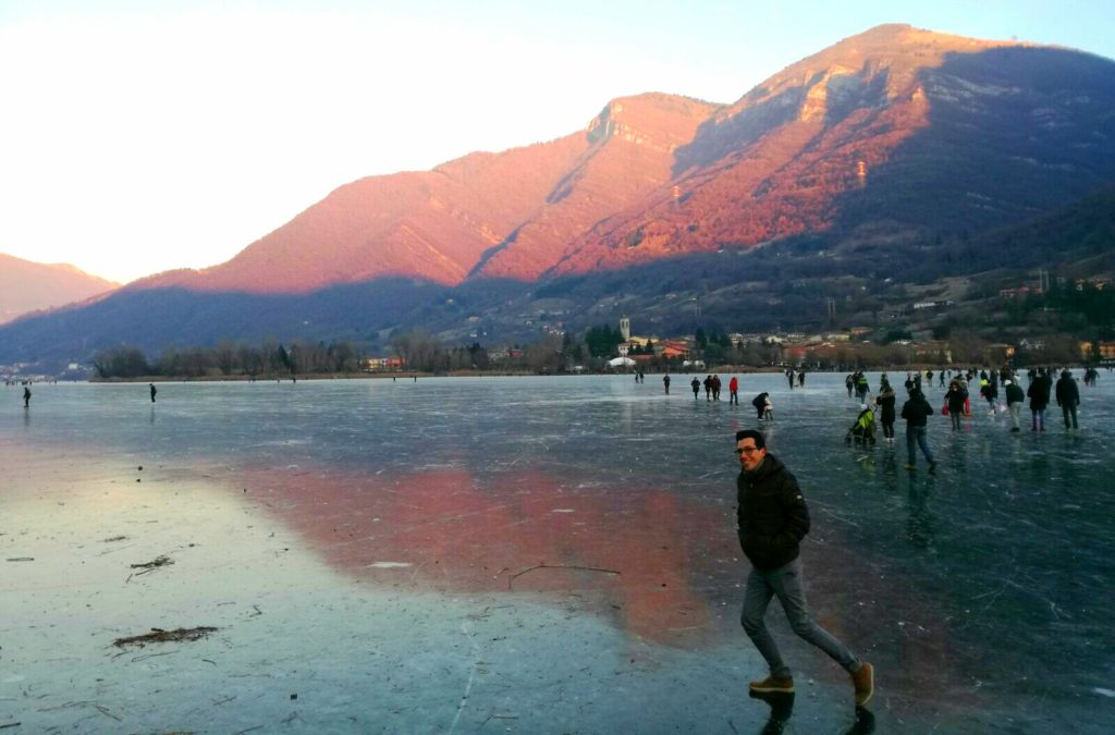 lago endine ghiaccio