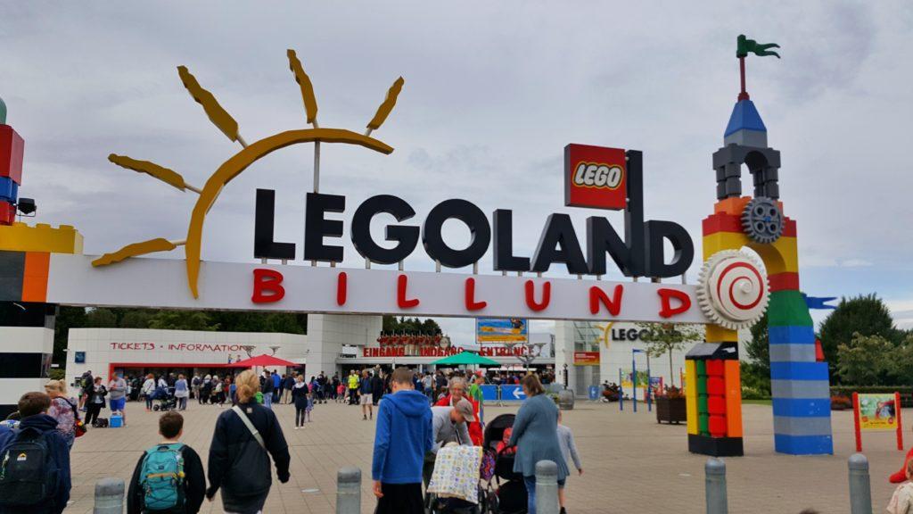 ingresso a Legoland_parco divertimenti di Billund_itinerario in danimarca