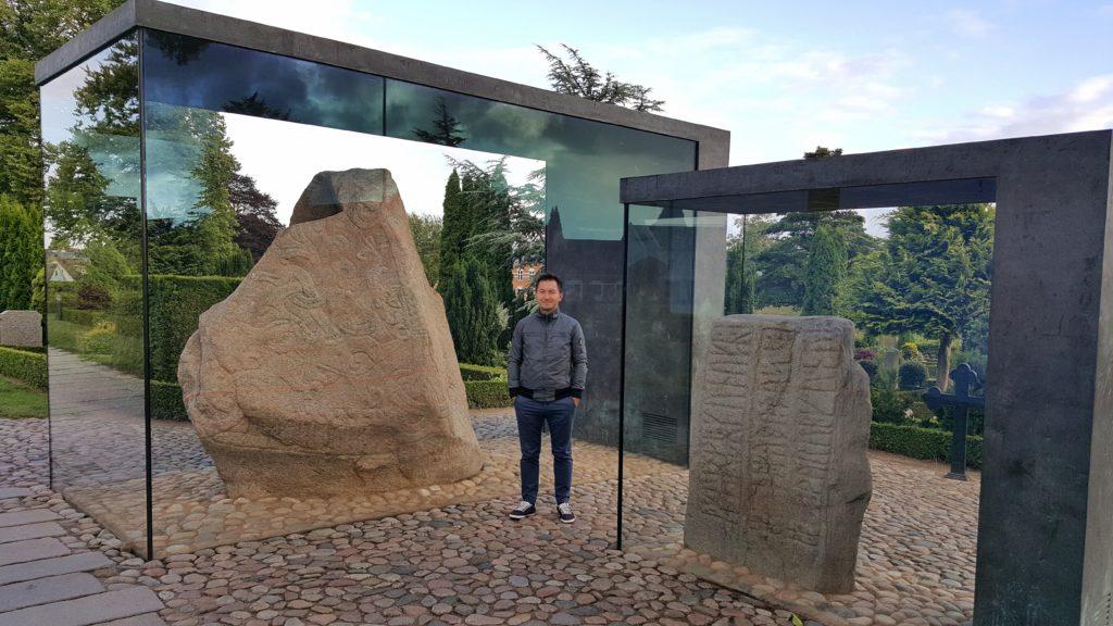Le rocce scolpite di Jelling in Danimarca_itinerario in auto