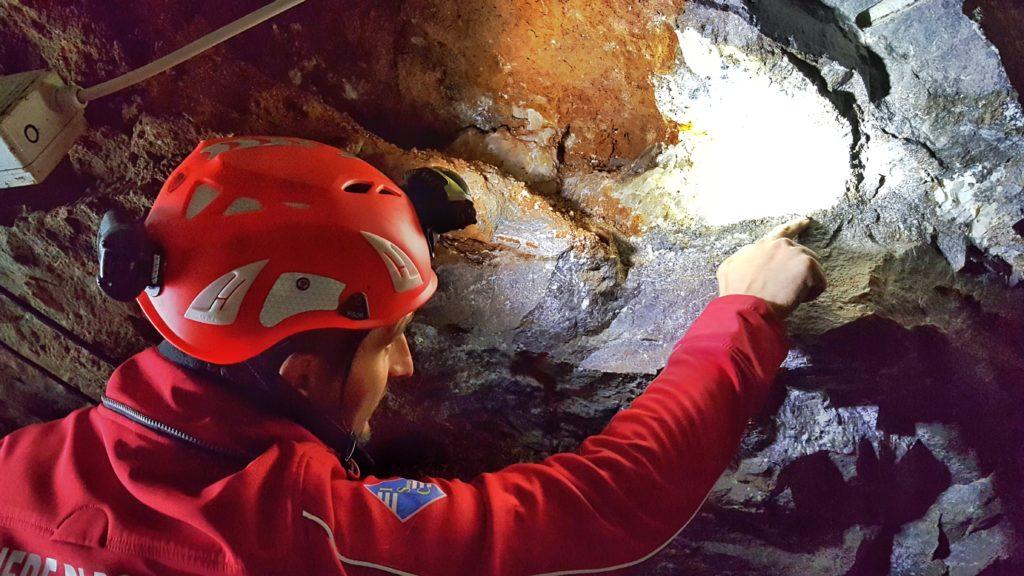 visita guidata delle miniere di dossena