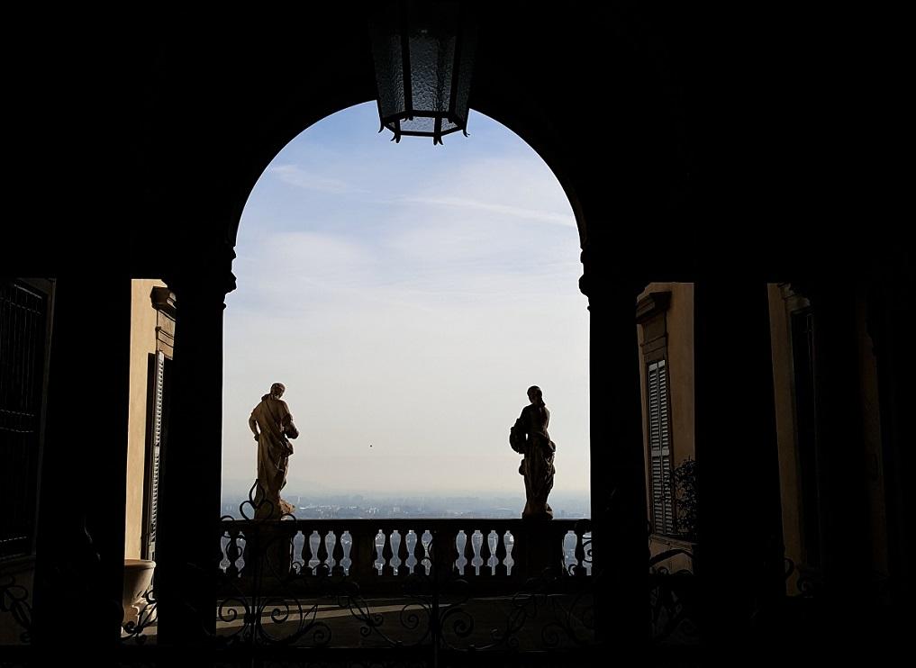 La balaustra di Palazzo Terzi in Bergamo alta
