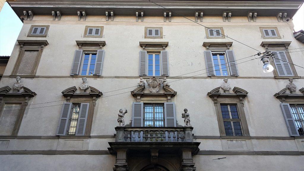 Facciata barocca di Palazzo Terzi