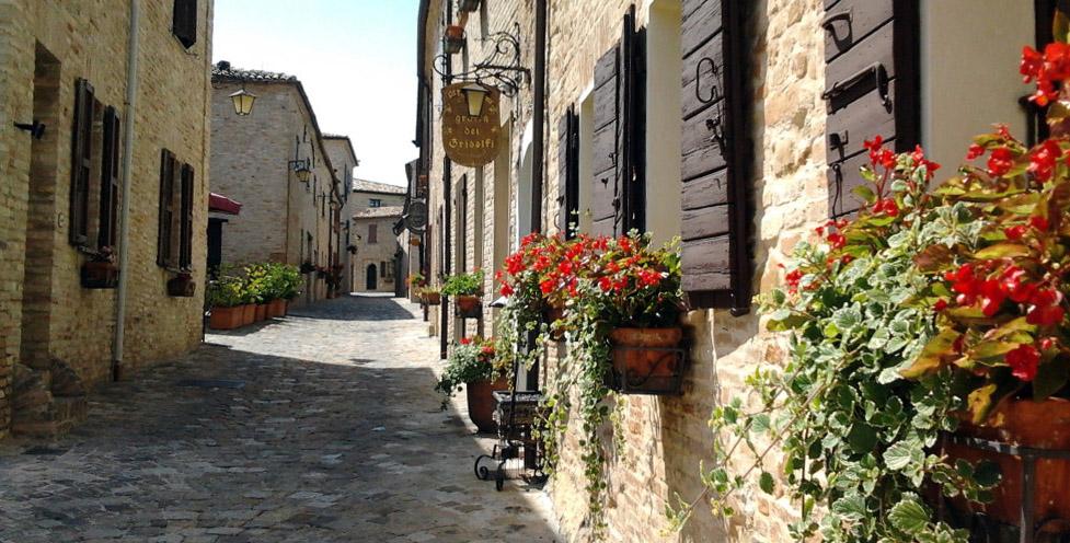 Cosa fare e cosa vedere nel borgo di Montegridolfo