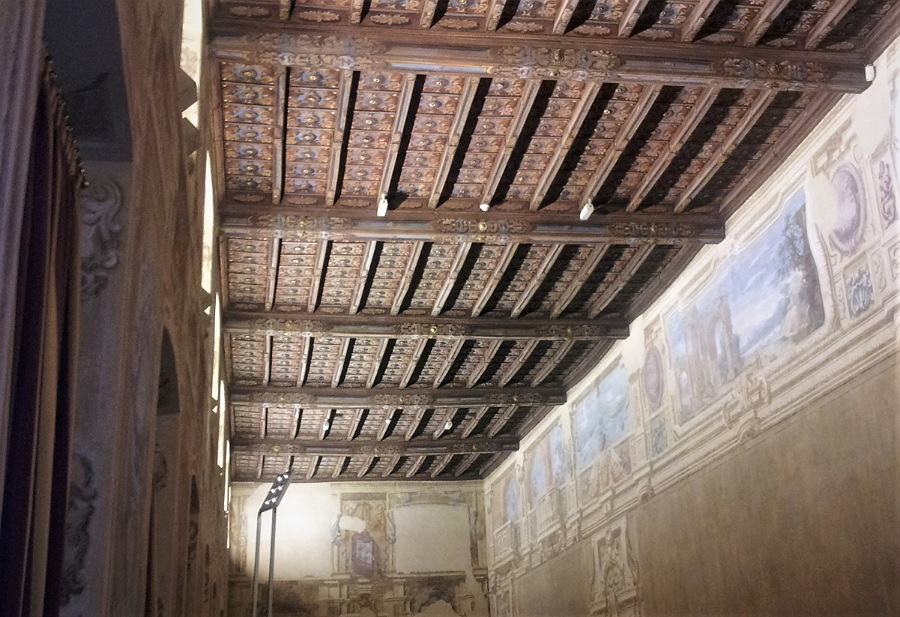 soffitti delle sale_interni_palazzo visconti_brignano_bergamo
