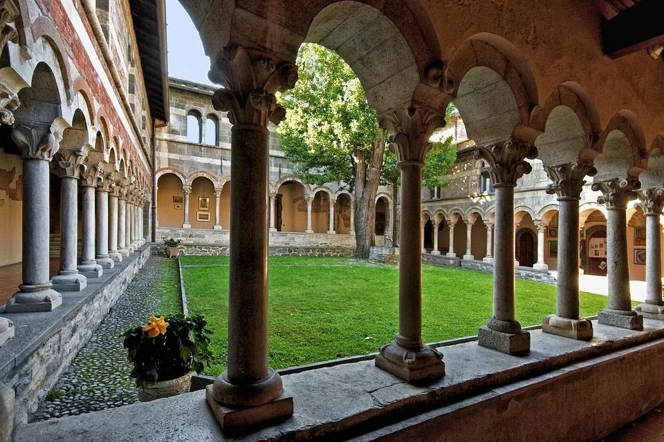 abbazia di piona cosa vedere