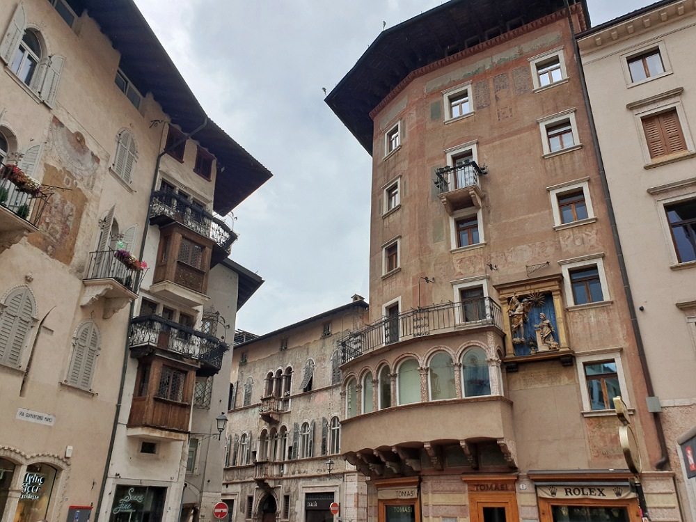 Un angolo di Via Manci nel centro storico di Trento