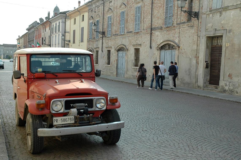 Strade del borgo di Zibello a Parma