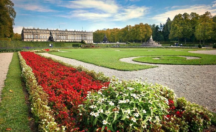 giardini del castello di Herrenchiemsee in Germania