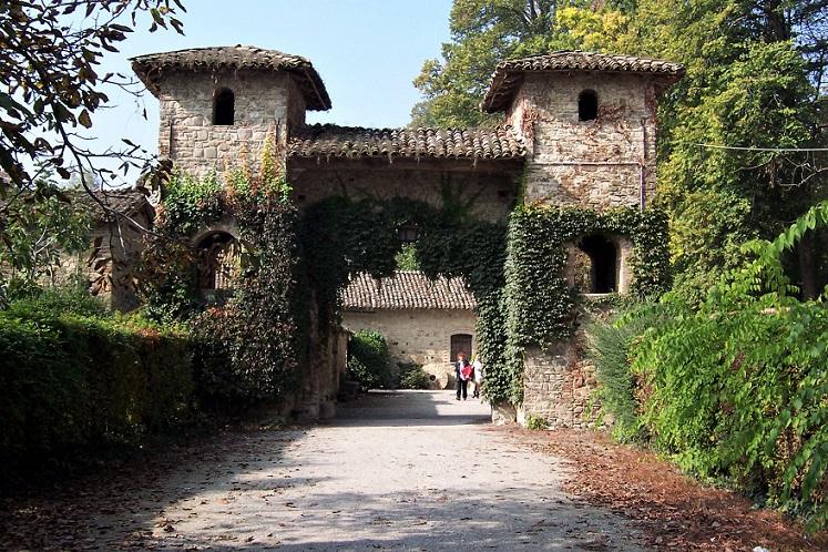 porte ingresso_grazzano visconti_borgo medievale