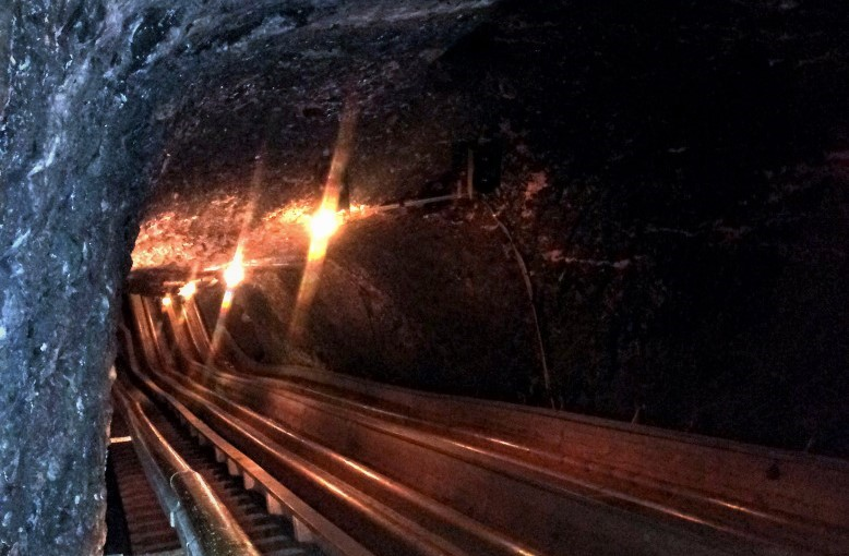scivolo nelle miniere di sale in austria