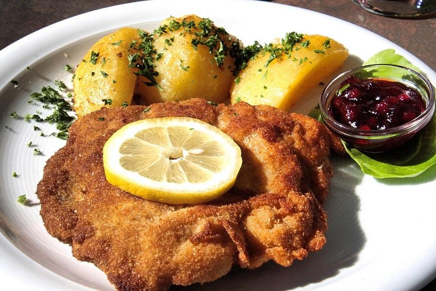 wiener schnitzel tra le cose da mangiare a salisburgo