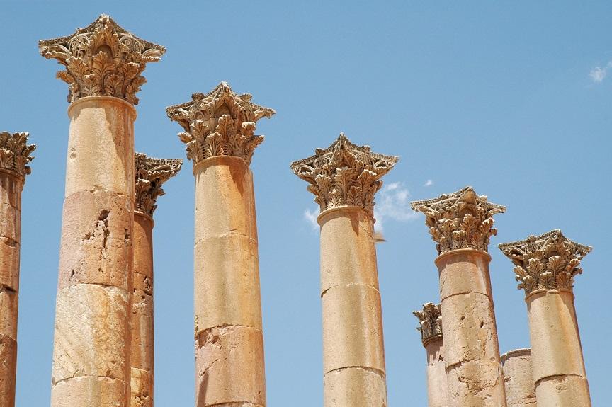 colonne del tempio di artemide_cosa vedre a jerash