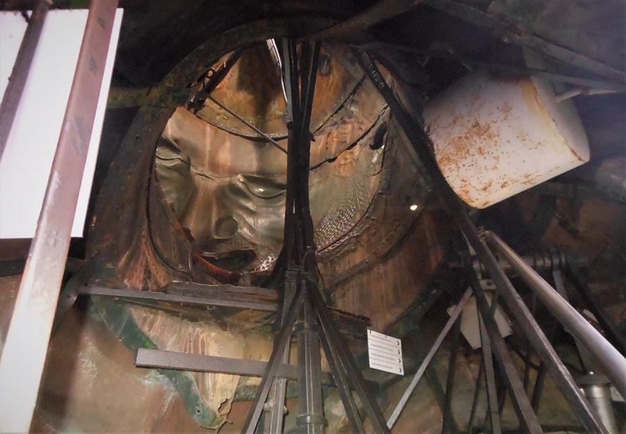 interno_statua_san carlone_arona