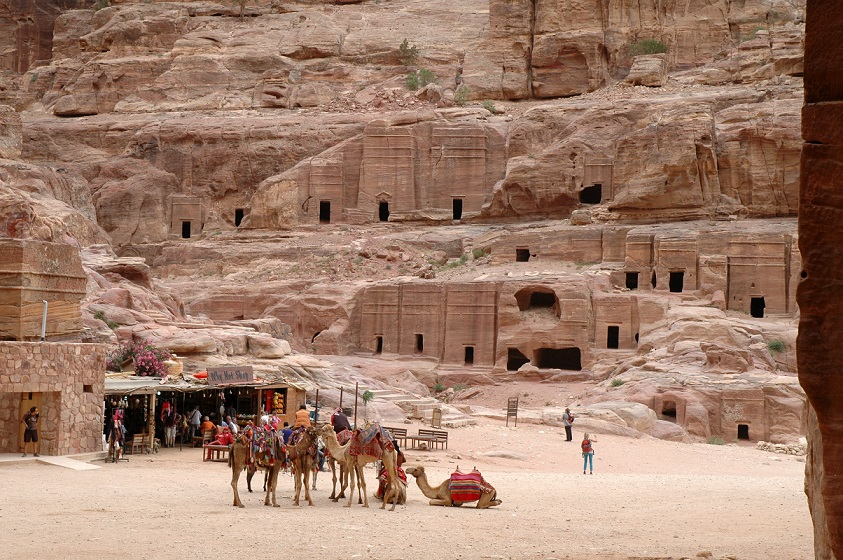 Tombe nabatee a Petra in Giordania