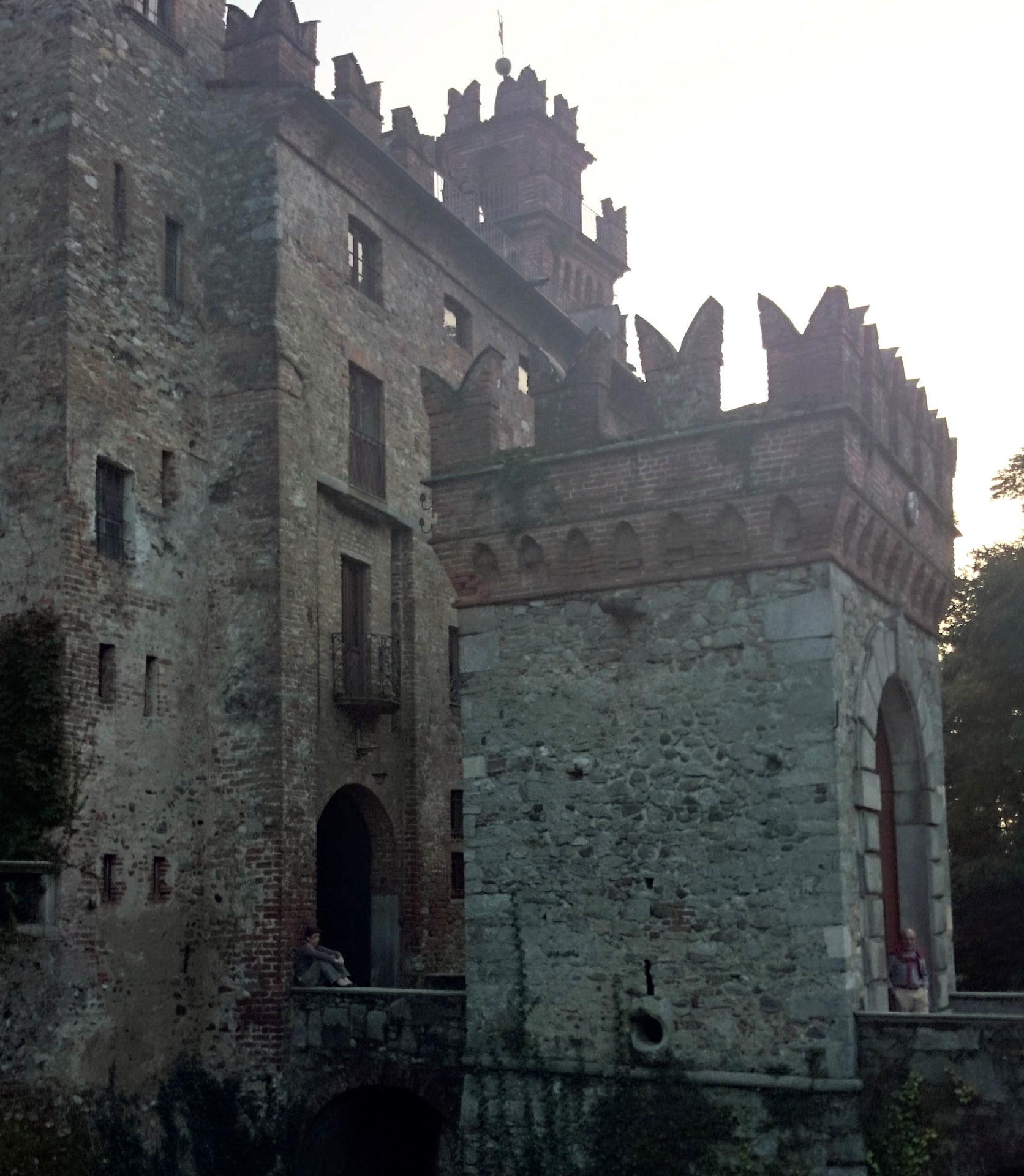 orari prezzo ingresso castello visconti di san vito somma lombardo varese