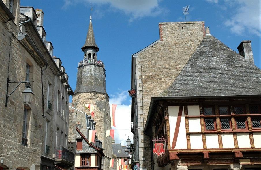 torre dell'orologio_dinan_bretagna_francia