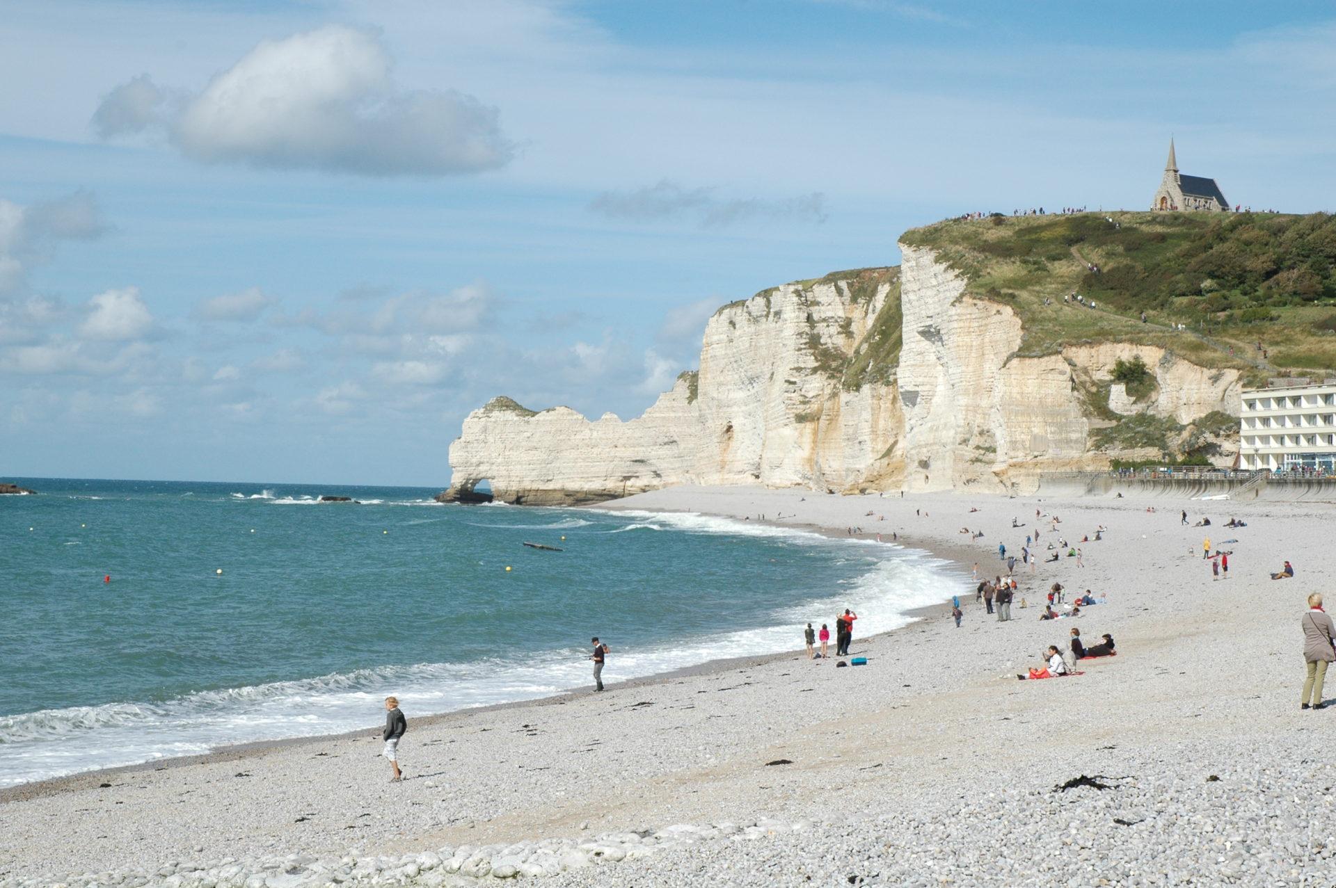 cosa vedere etretat spiaggia