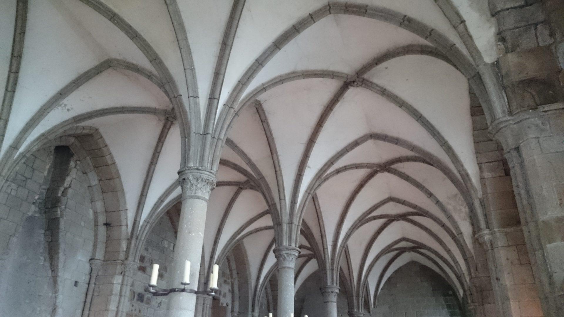 visitare mont saint michel cosa vedere chiesa