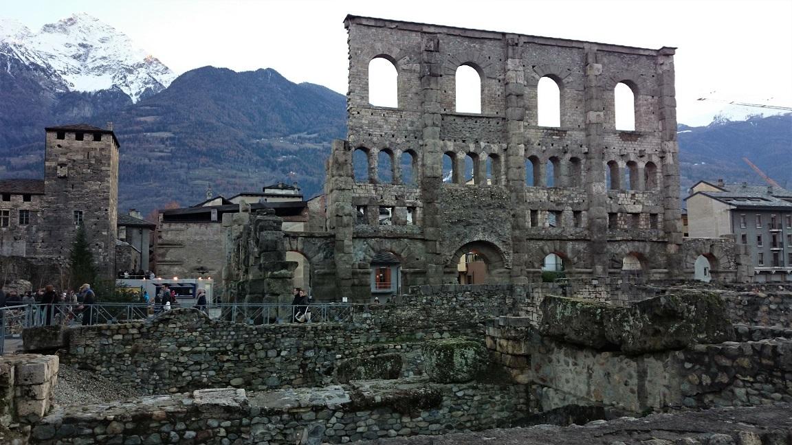 Teatro Romano: una delle principali cose da vedere ad Aosta