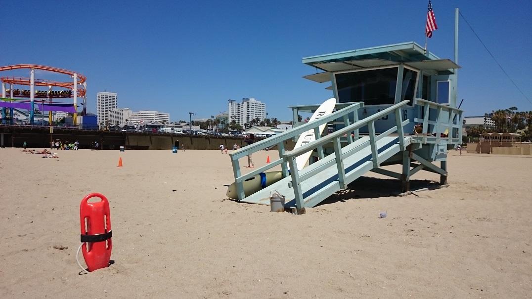 Torretta di Baywatch sulla spiaggia di Santa Monica (USA)