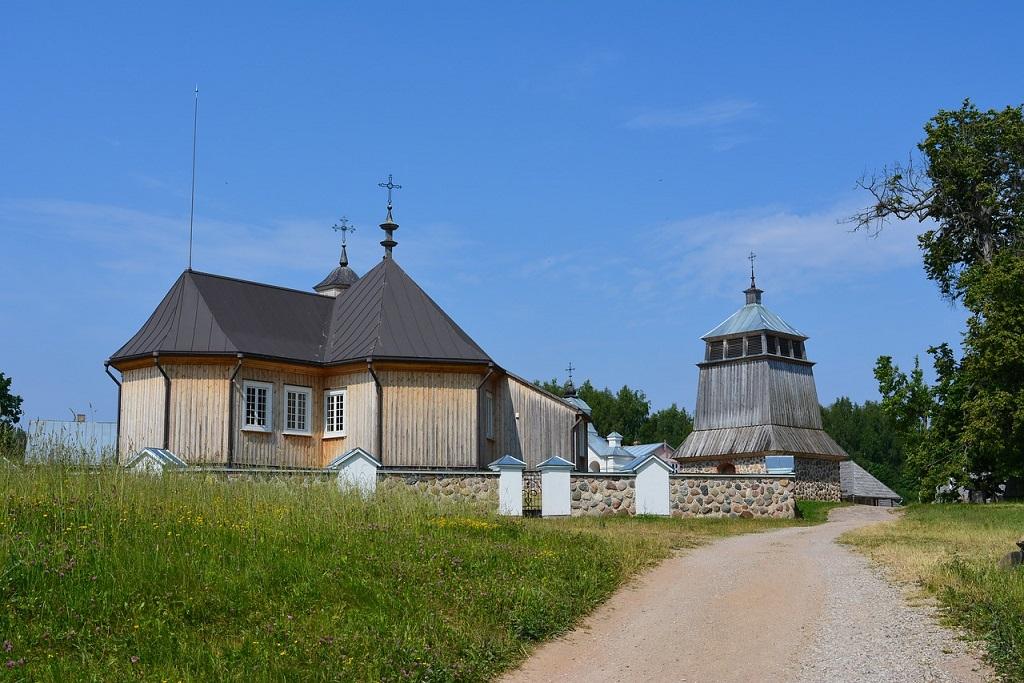 Complesso di edifici nel Lithuanian Folk Museum di Rumsiskes