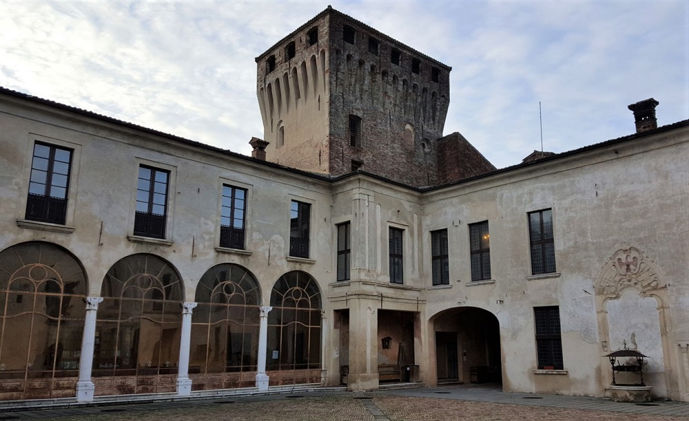 castello di padernello in lombardia_cosa visitare