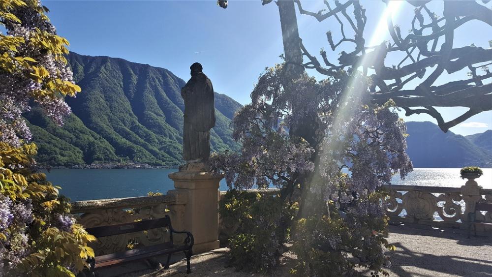 giardini e vista sul lago di como a villa del balbianello