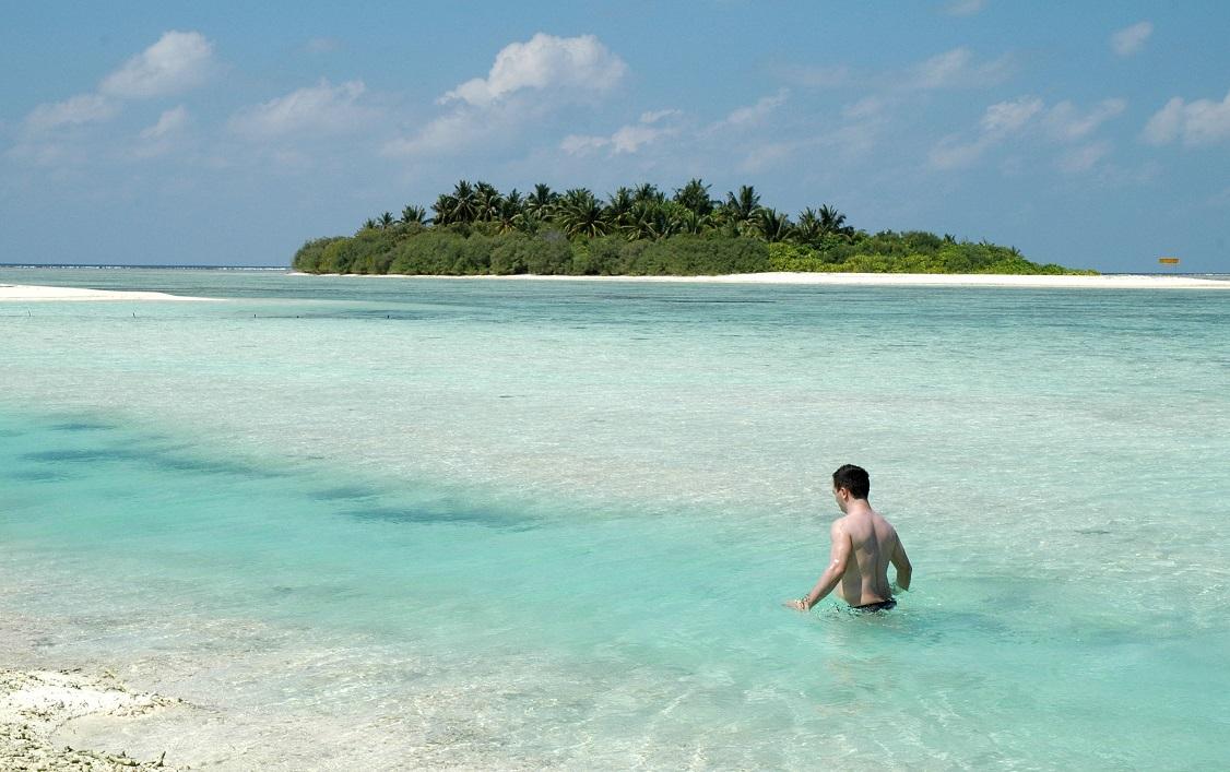 Il mare delle Maldive all'Hakuraa Huraa