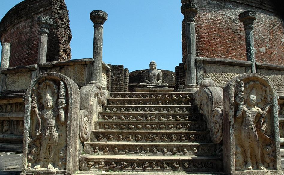Sala del Consiglio a Polonnaruwa: luoghi di interesse in Sri Lanka