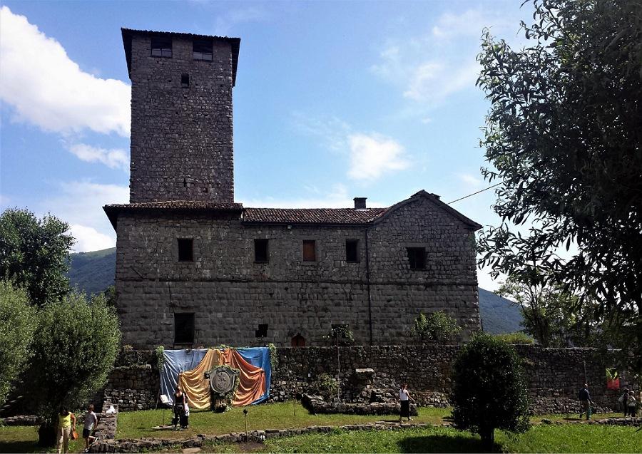 castello di bianzano e borgo_cosa vedere