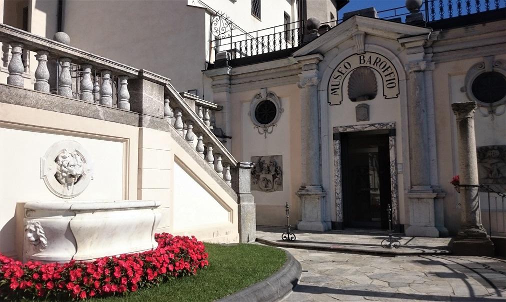 Ingresso al Museo Baroffio vicino al Santuario del Sacro Monte