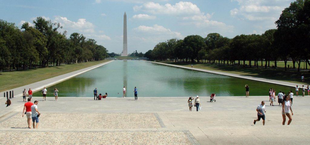 Washington Monument_in treno da New York a Washington