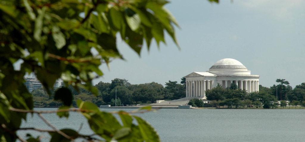 Thomas Jefferson Memorial e il Tidal Basin