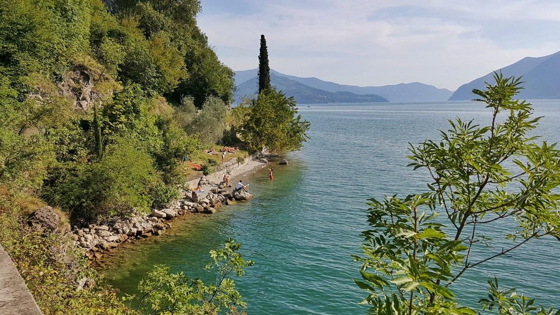 passeggiata sul lago d'iseo_vello toline_brescia