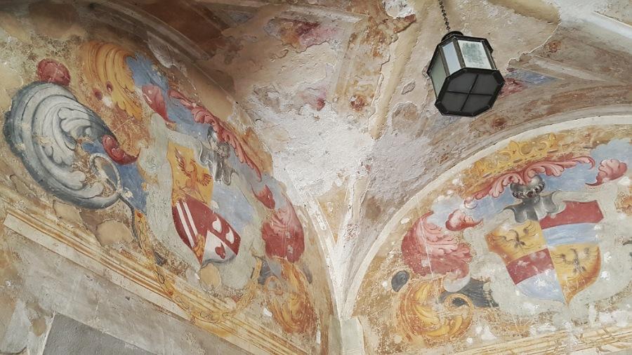 affreschi_castello di cavernago_bergamo