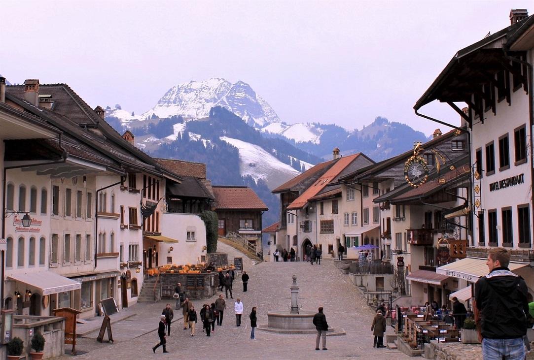 Il borgo di Gruyéres tra le cose da vedere in Svizzera in 3 giorni