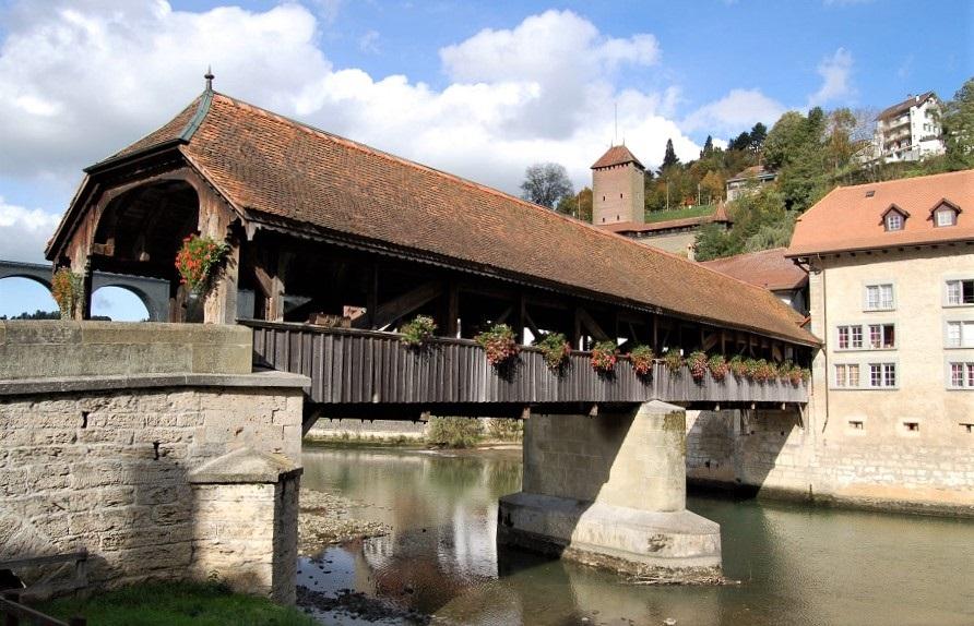 quartiere de l'auge_friburgo_svizzera_pont de berne