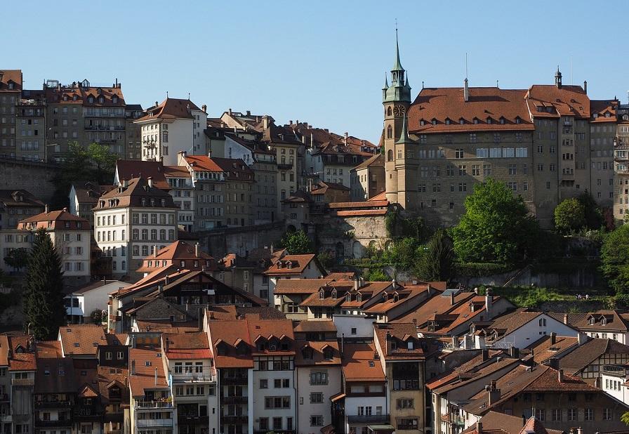 Hotel de ville_fribourg_svizzera_visitare la città