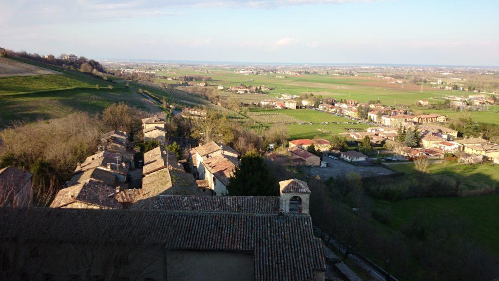 panorama dal castello di torrechiara a parma