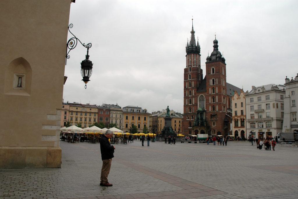 Piazza del Mercato Centrale e Chiesa di Santa Maria