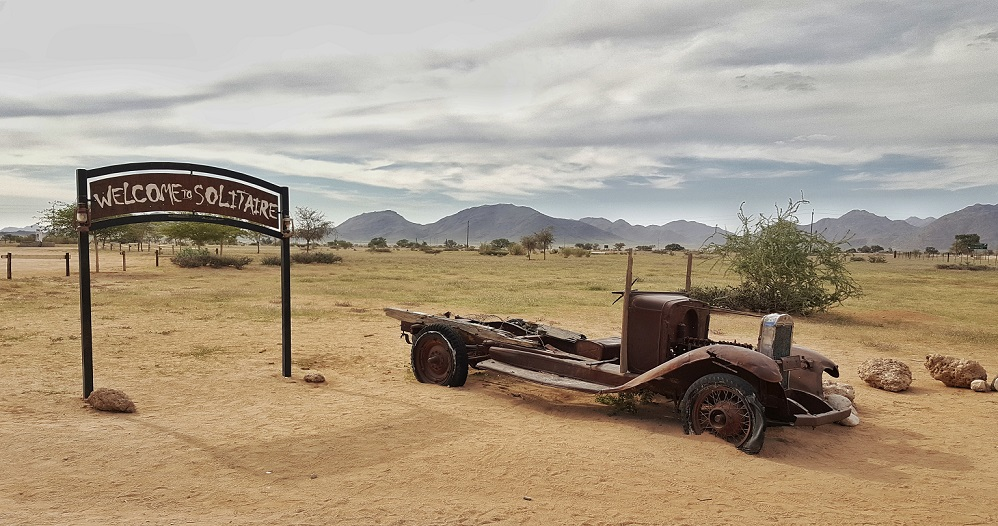 Solitaire_auto abbandonate_namibia